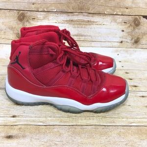 Air Jordan Retro 11 XI Red Size 4Y Youth Win Like
